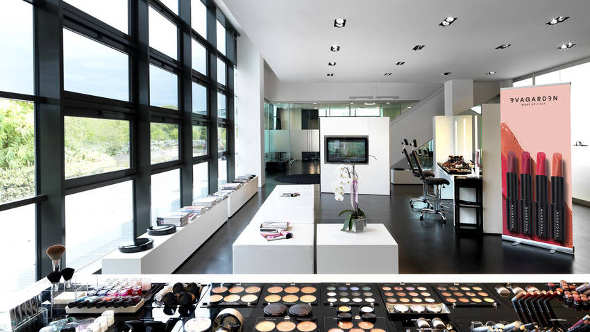 Evagarden makeup lounge sede pesaro 3