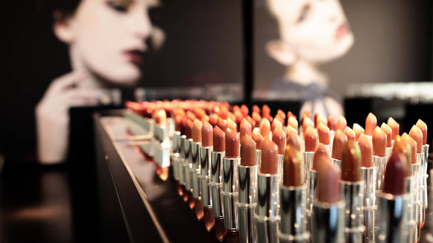 Evagarden makeup lounge sede pesaro 1